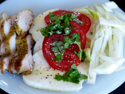 shouldl mention the light meal with thinly sliced roasted chicken thighs and fresh fennel