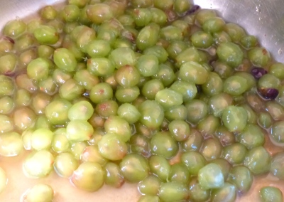 innards of four pounds of grapes