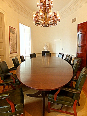 oval rooms were fitted with oval tables
