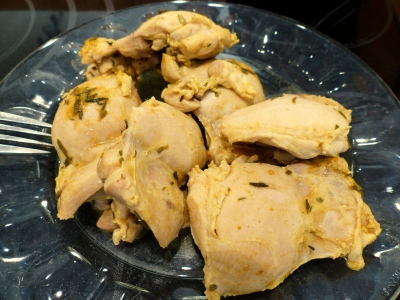 poached chicken thighs
