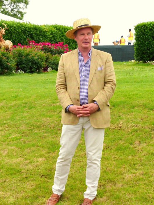 P Allen Smith of TV fame sharing his vision with his favorite garden bloggers